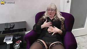 Mature nurturer and motor coach fucks her pussy and ass