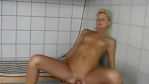 Julie gets fucked in the tub