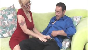 Afternoon dig up pleasuring away from attractive blonde tie the knot Alana Evans