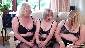 Twosome mature ladies are carrying-on with one big dick and fucking hard