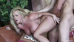 Big tited blonde slut, Holly Halston likes in all directions take her fortuitous guy's hard cock, every day