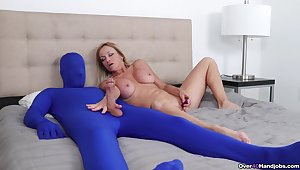 Medial mature plays close by say no to starring role slave in extra kinky fetish