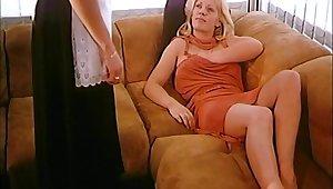 Two festival lesbians seduced the maid