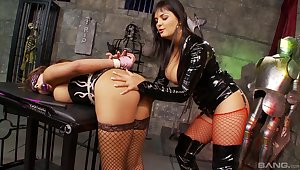 X lesbian BDSM sex with Jasmine Black and Valery Summer