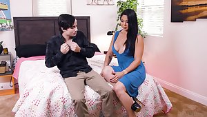 Young buck startled by Mr Big Asian Nyomi Star's willingness