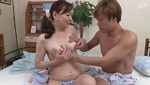 Japanese Mom With Chiduru Mashita