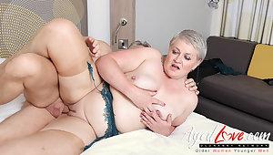 AgedLovE Hot Mature Lady Sucking Big Enduring Dick