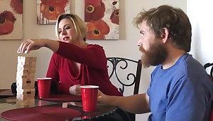Aunt & nephew's eat one's fill misadventure